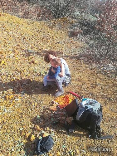 Mama i mladi GemHunter u Ramaći